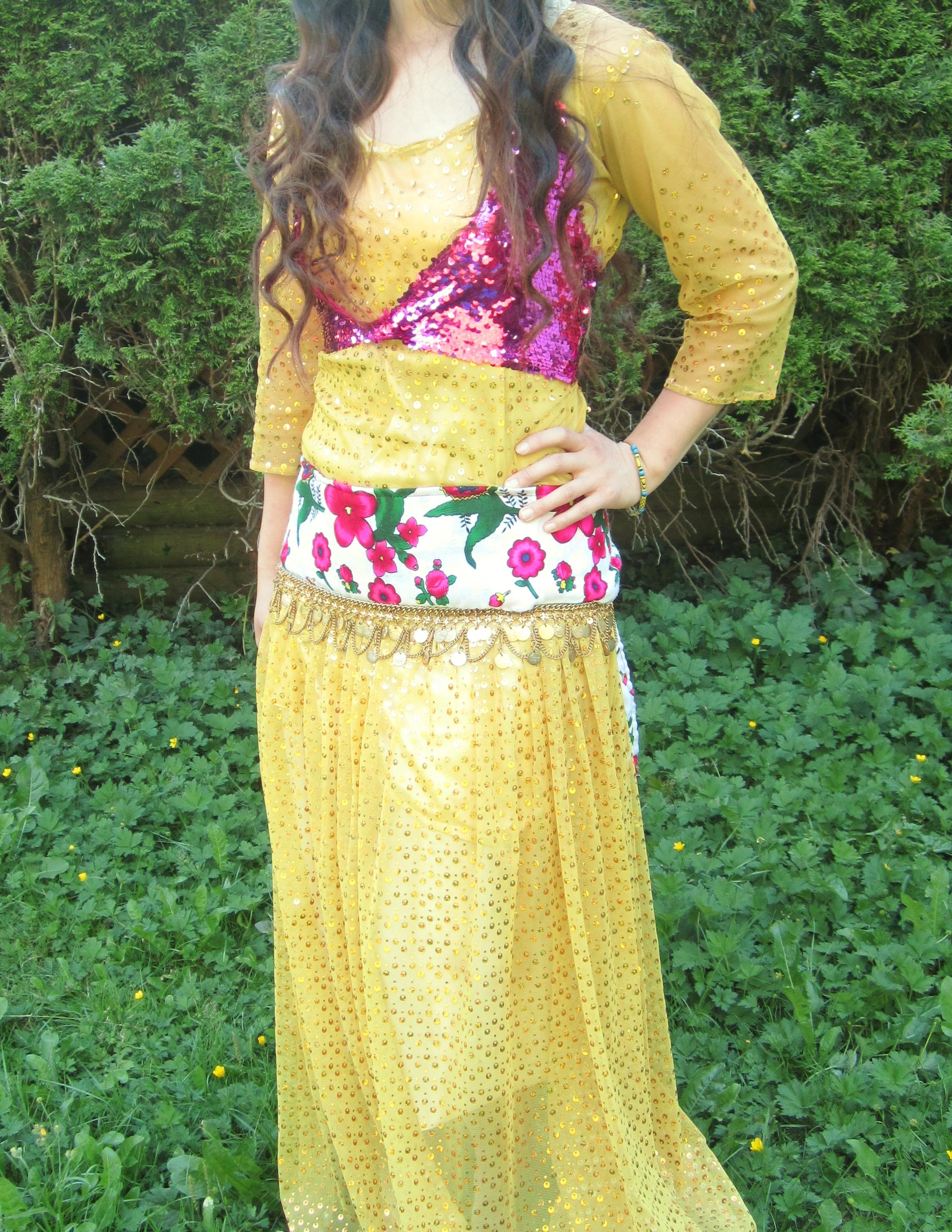 چهل مدل لباس کردی زیبا رنگ سبز ابی سفید مشکی قرمز زرد کرم با جلیقه عکس مدل لباس کردی زنانه رنگ...